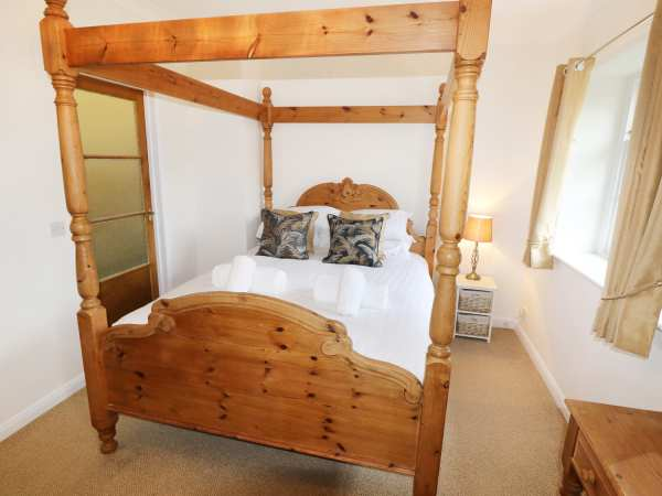Coach House -Master Bedroom